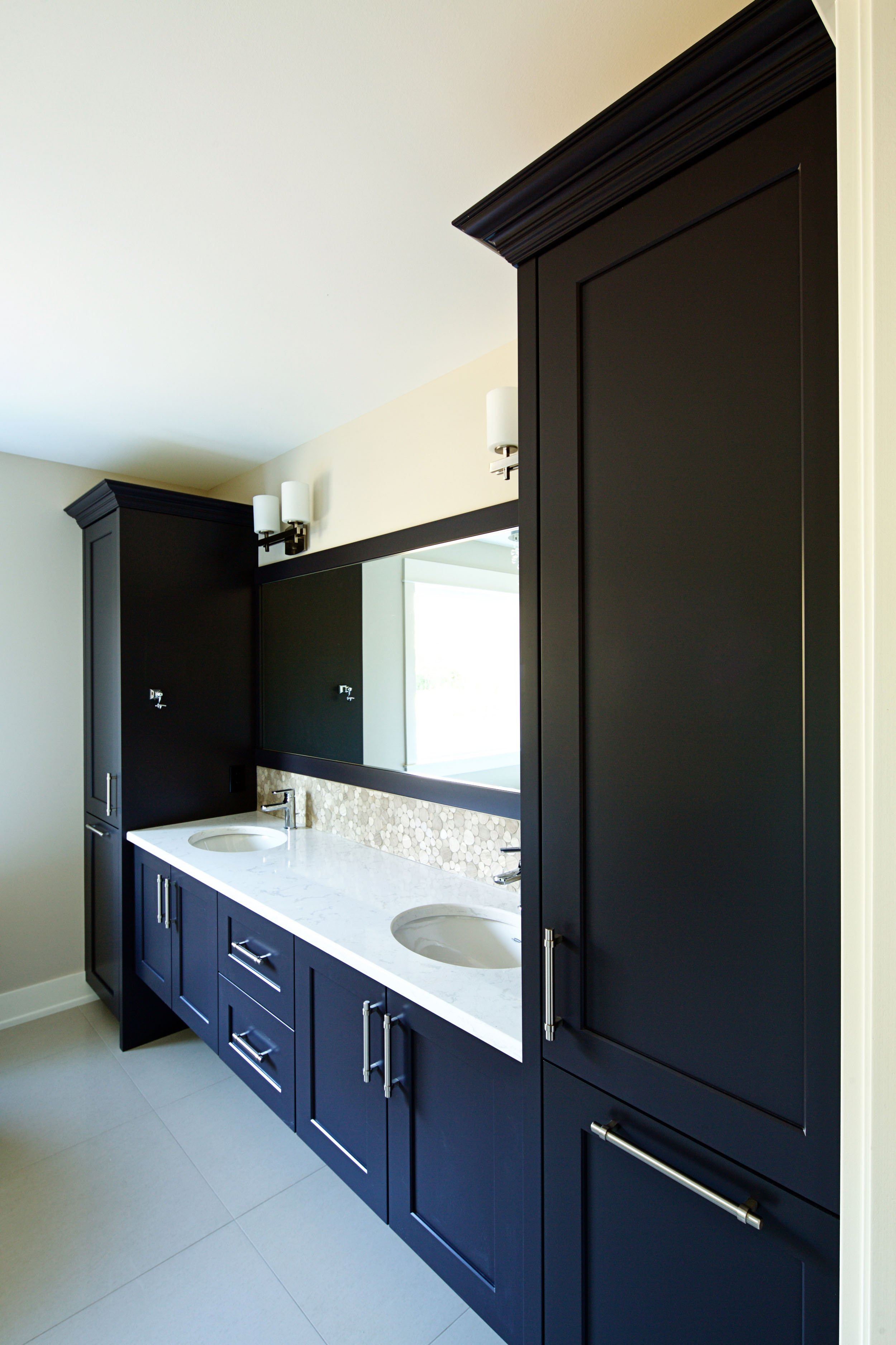 Double Vanity with Expresso Cabinets