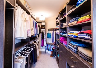 Darkwood Closet – Millbay, BC